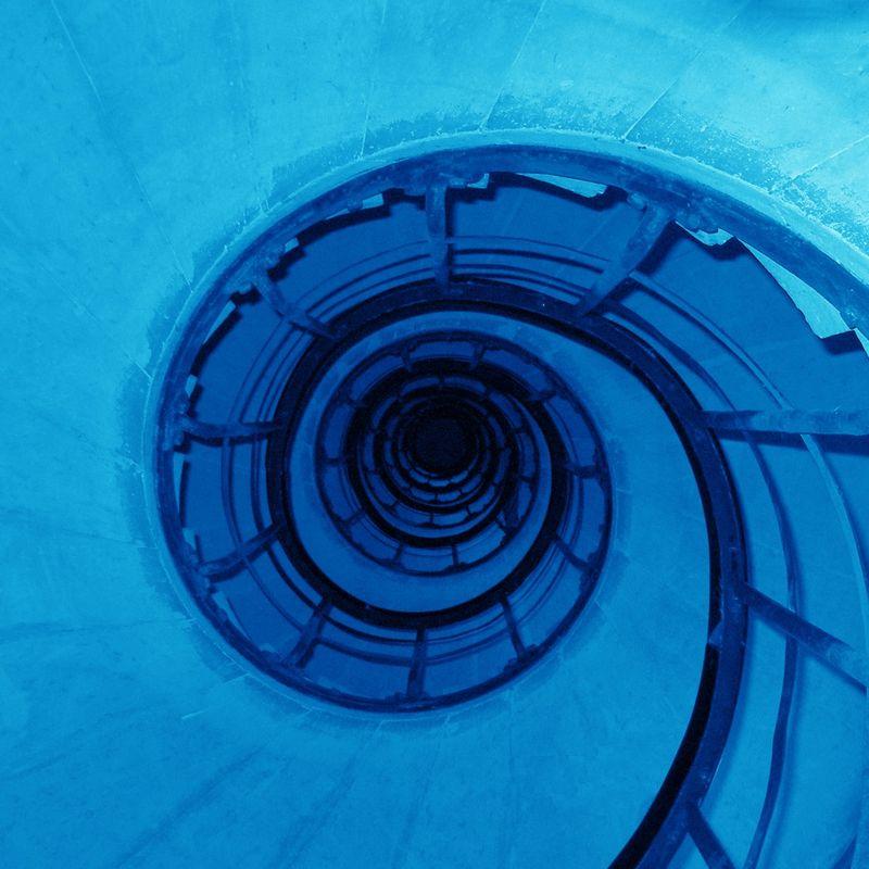 EAGMe-Arc de Triomphe Stairs